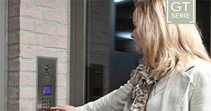 Assistent Partner tilbyr porttelefon og adgangskontroll